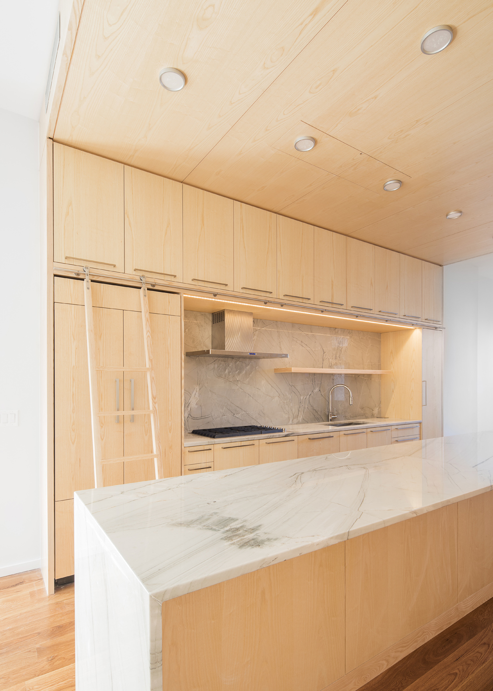67 Wayne Maka Kitchen 2 Web.jpg