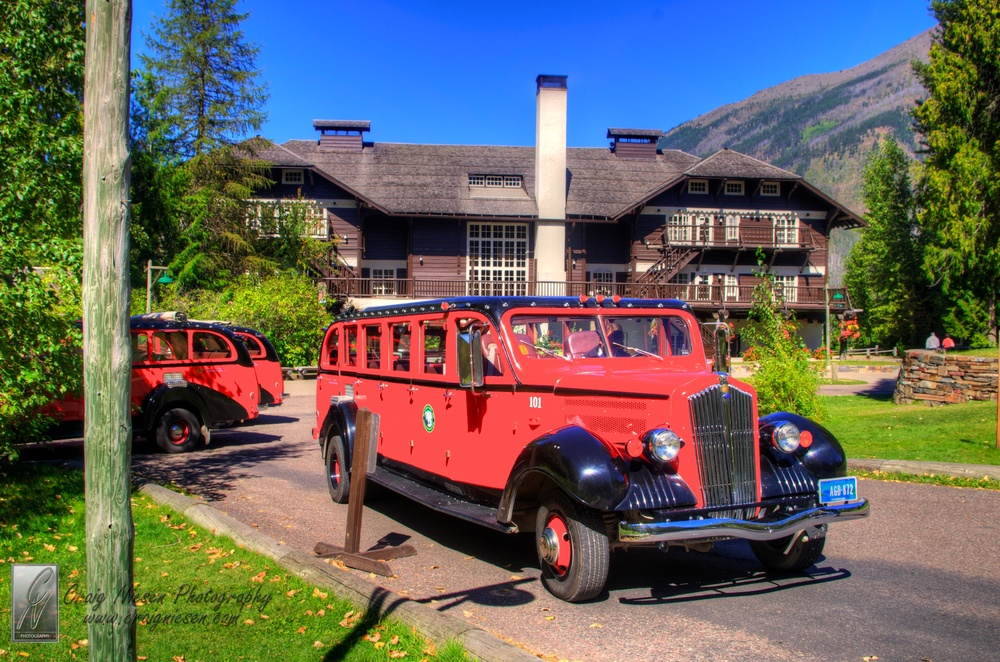 Red Jammer in front of the Lake McDonald Lodge, Glacier National Park