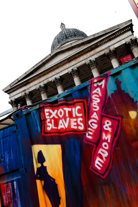 STREET ART LONDON3.jpg
