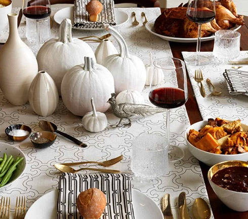 tabletop thanksgiving beautiful.jpeg
