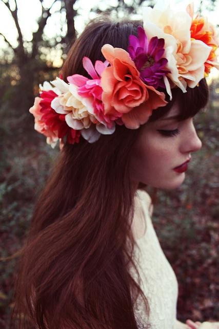 dahlia head wreath.jpg