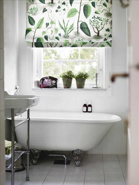 josef frank bathroom.jpg