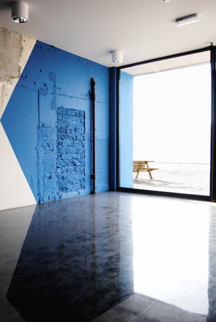 cobalt blue door 2.jpg