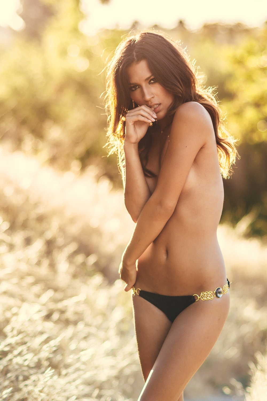 Natacia_060414_Bikinis-25.jpg