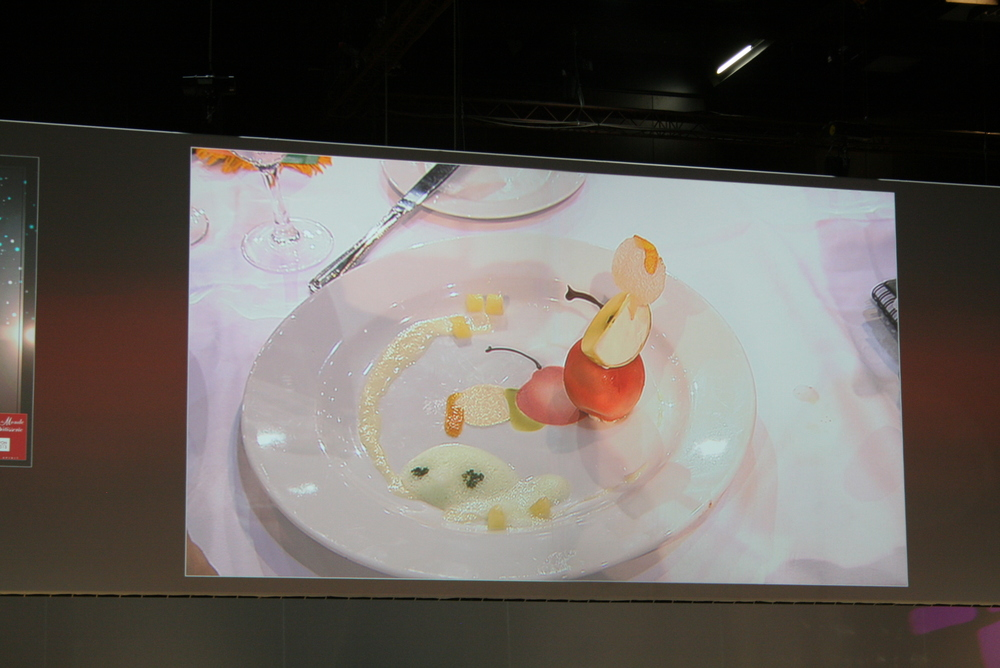 Forgot which team produced this plated dessert, but I loved the concept of the mirror image.