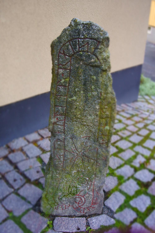 Rune stone near Sigtuna Museum.