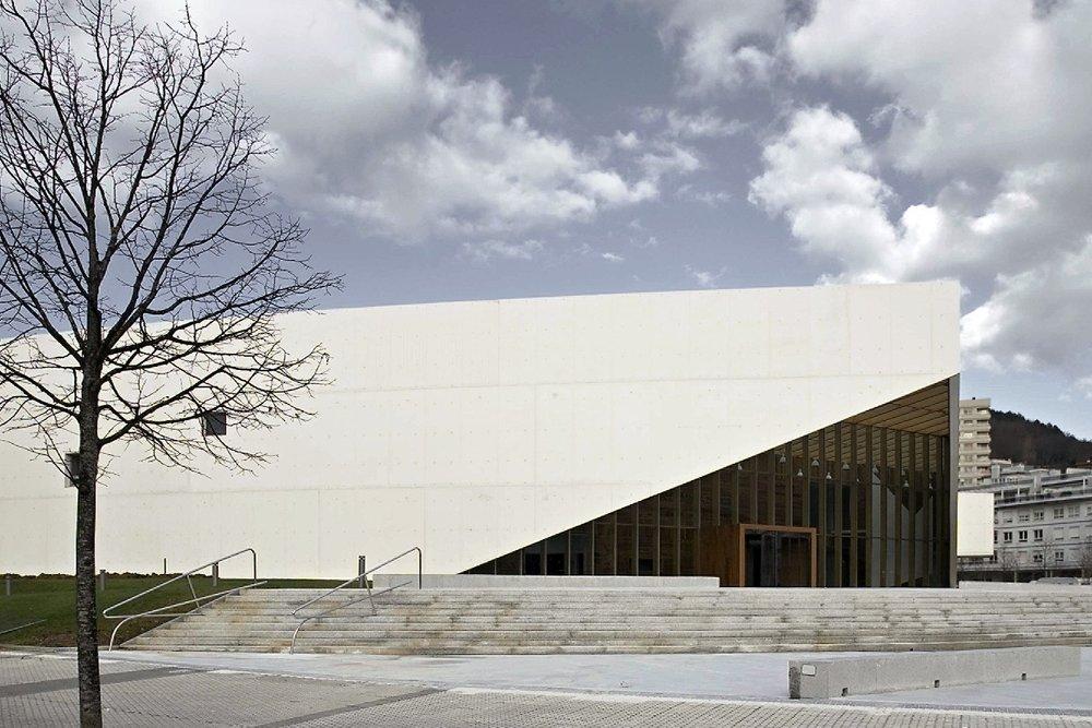 Biblioteca Centro Carlos Santamaría