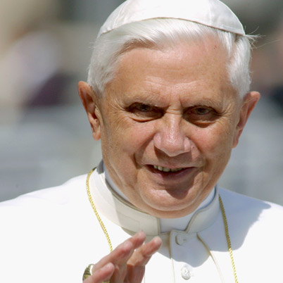 Pope-Benedict-XVI-15045109-1-402.jpg