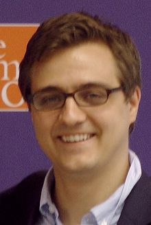 Chris_Hayes_at_MSNBC_The_Common_Good_-_2012_07_18_-_01.jpg