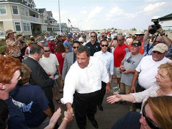 6C7256530-tdy-130507-chris-christie-beach.blocks_desktop_medium.jpg