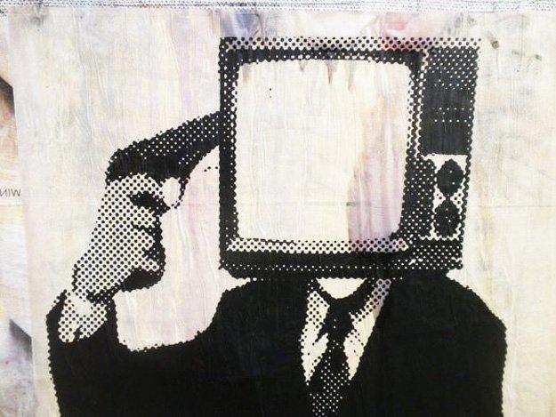 sdfvdfstv-suicide-street-art-2.jpg