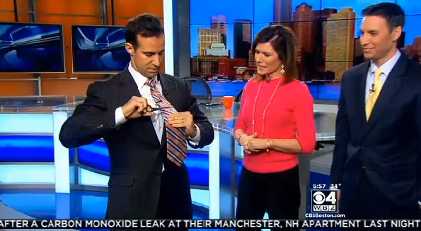 Boston Anchor Cuts Off His Tie On Air Ftvlive