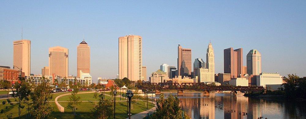 1105px-Columbus-ohio-skyline-panorama.jpg