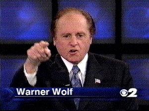 warner_wolf_escapes_2.jpg
