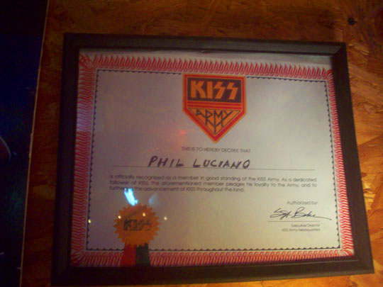 21. kissarmy_dec11.jpg