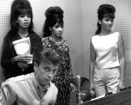 the_ronettes_spectorthreecolor.jpg