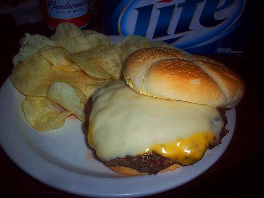25. burger_sept30.jpg
