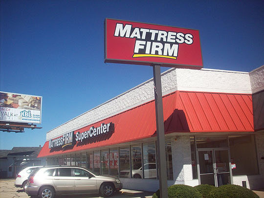 4. mattressfirmf_oct2.jpg