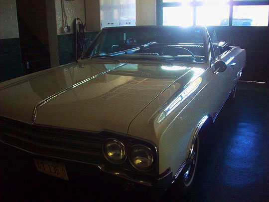 10. classiccars_oct10.jpg