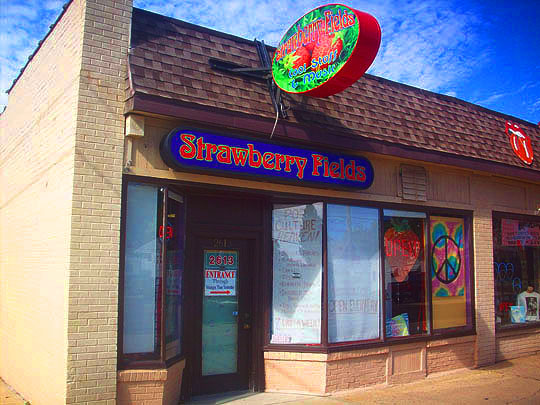 Edge of the City: Strawberry on Austin Closing