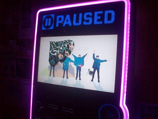 23. paused-Dec13.jpg