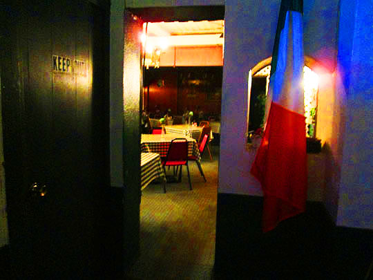 12. diningroom-april2514.jpg