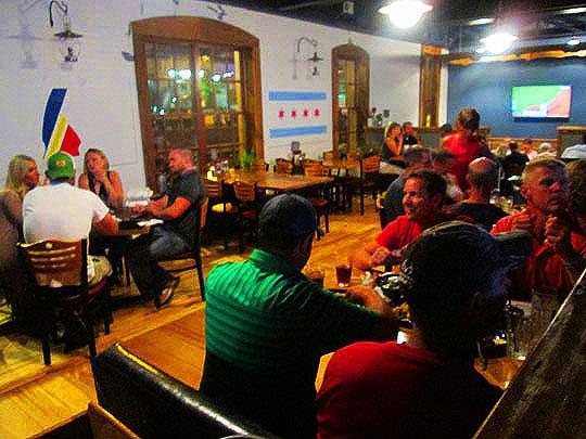 18. diningroom_aug1115.jpg
