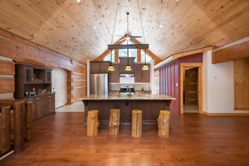 8688 Timberwood, Grand Bend- $459,000
