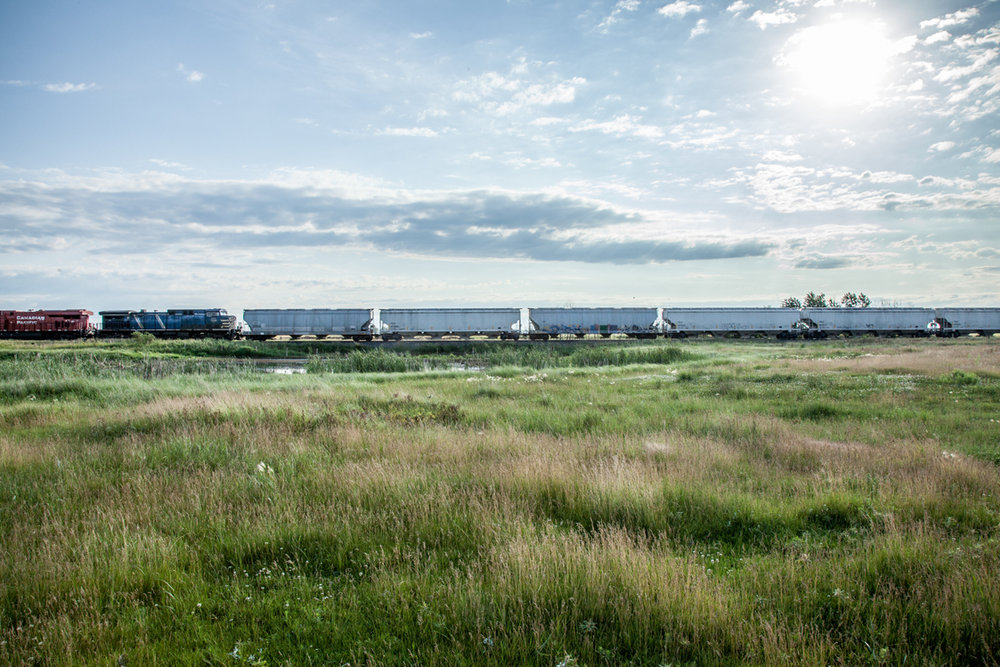2012_06_23_7288_north-dakota_mccleod_train.jpg