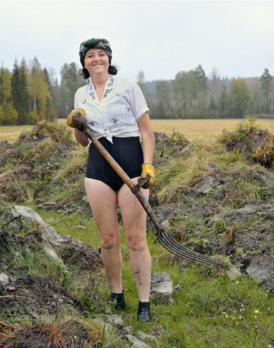 Trish Morrissey Peat-Worker.jpg