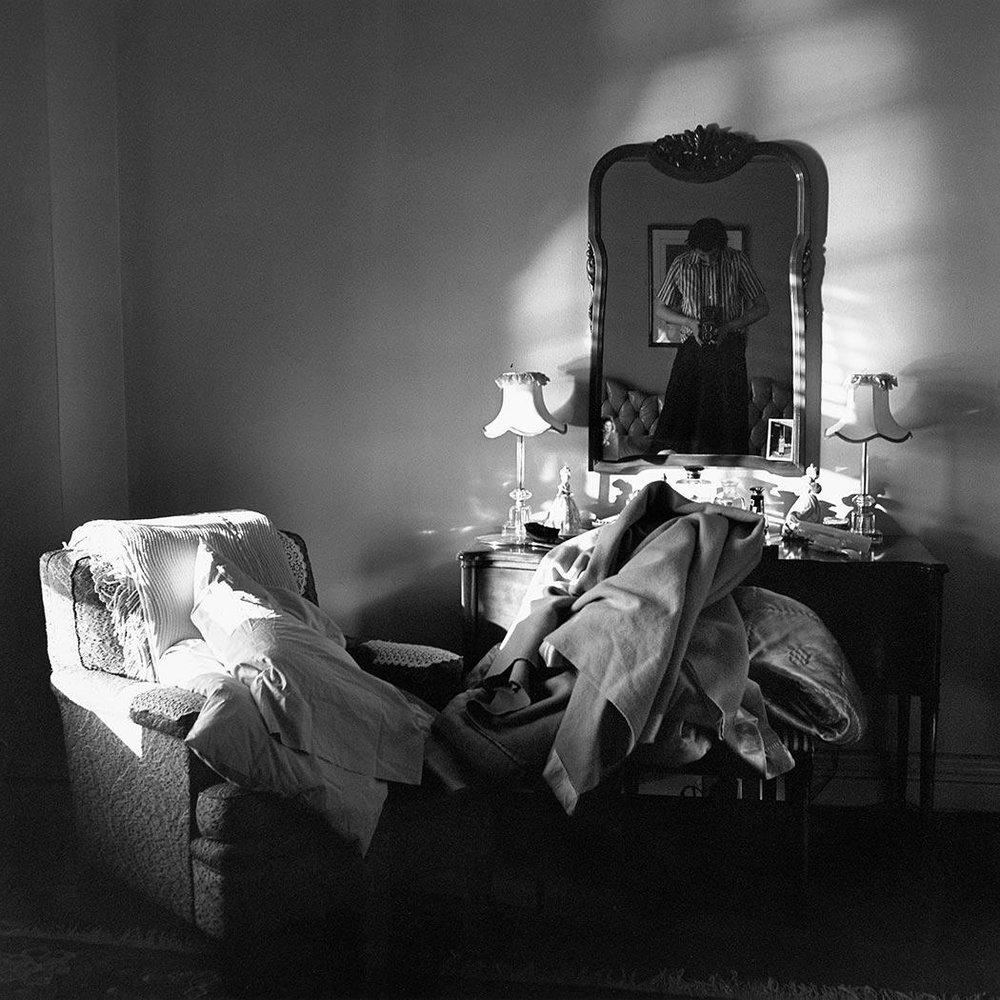 Vivian Maier 19XXW03129-02-MC.jpg