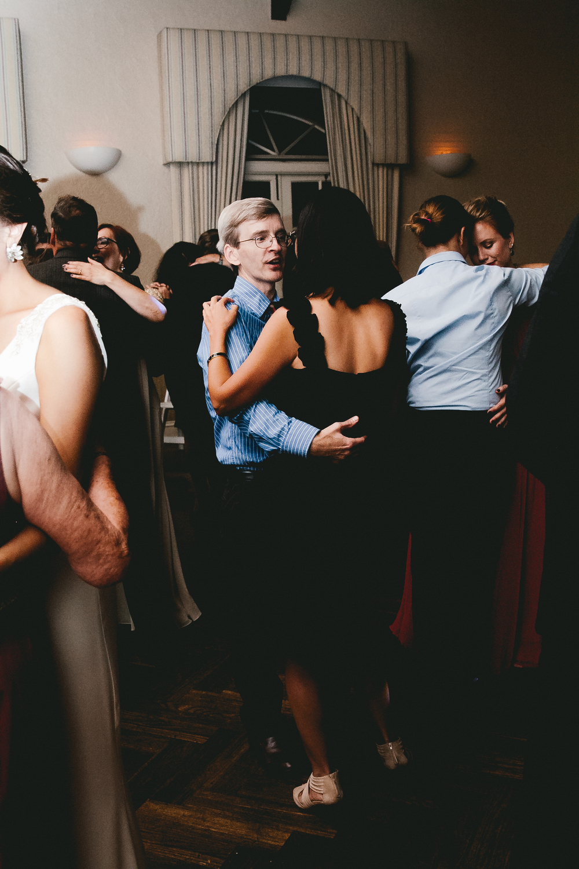 kellykris-091914-dancing-036.jpg