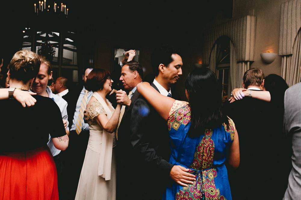 kellykris-091914-dancing-043.jpg
