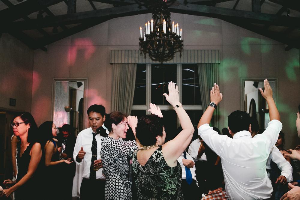 kellykris-091914-dancing-063.jpg