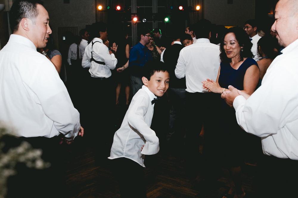 kellykris-091914-dancing-070.jpg