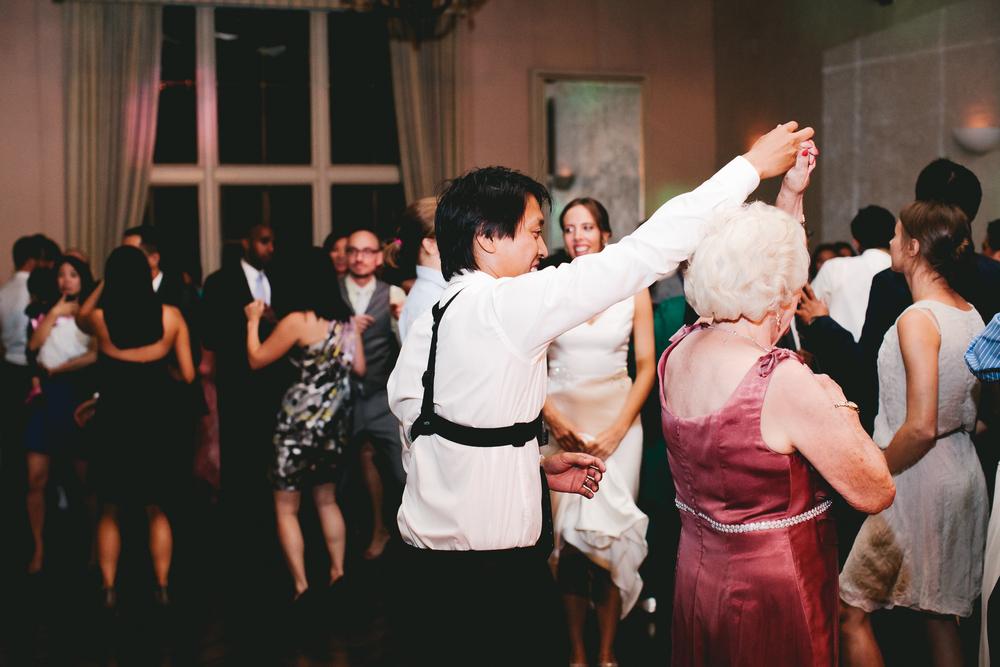 kellykris-091914-dancing-076.jpg