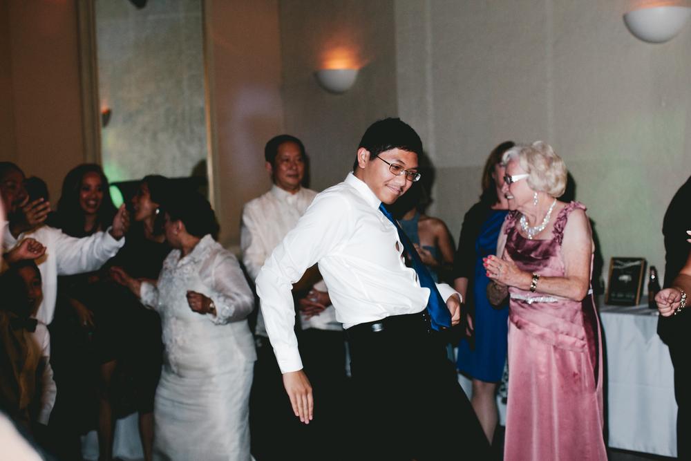 kellykris-091914-dancing-086.jpg