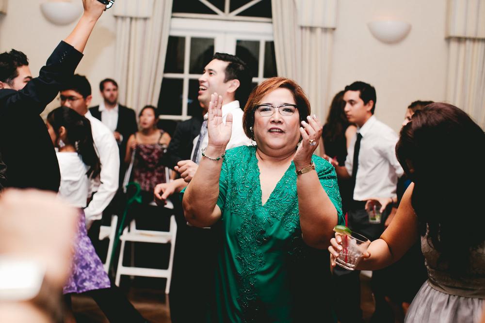 kellykris-091914-dancing-098.jpg