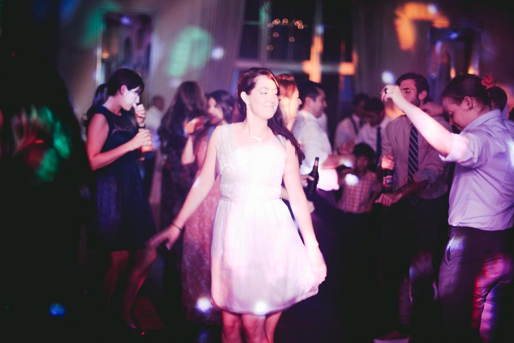 kellykris-091914-dancing-140.jpg