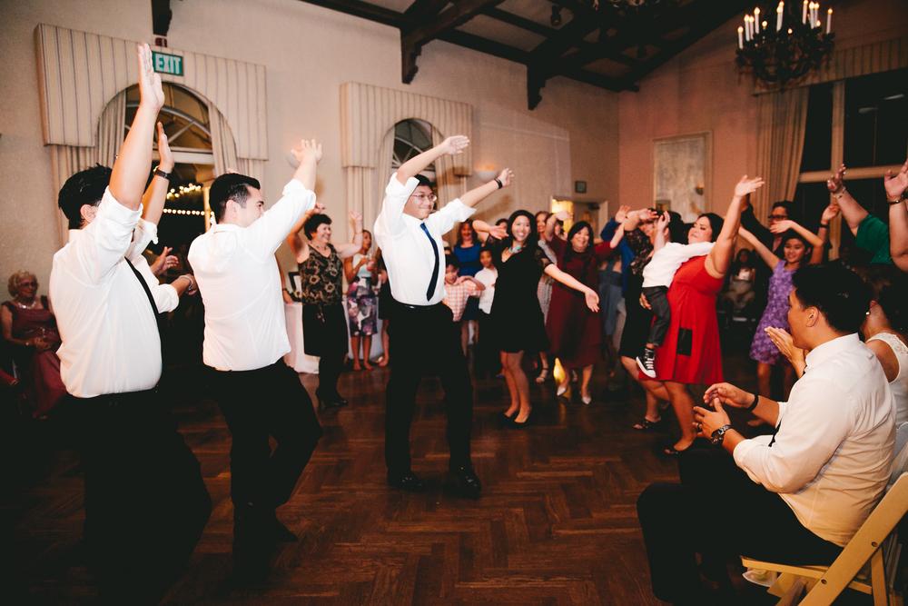 kellykris-091914-dancing-197.jpg