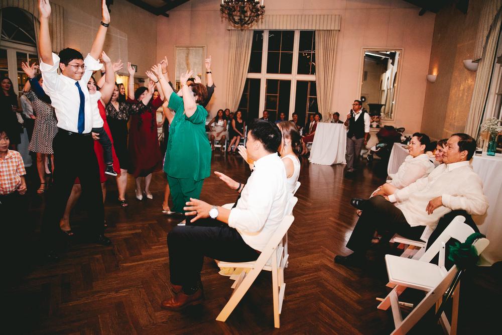 kellykris-091914-dancing-200.jpg