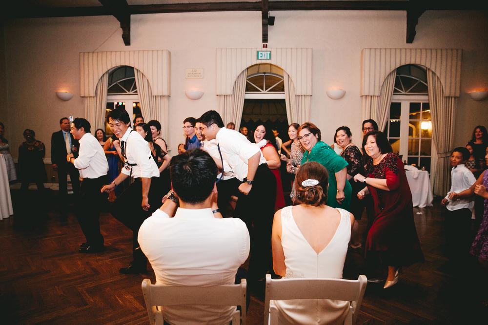 kellykris-091914-dancing-207.jpg