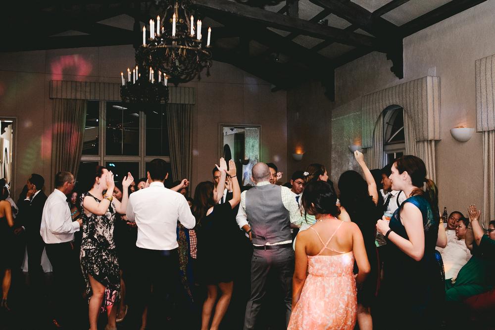 kellykris-091914-dancing-220.jpg