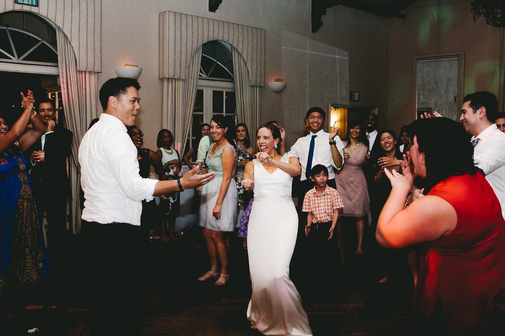 kellykris-091914-dancing-230.jpg