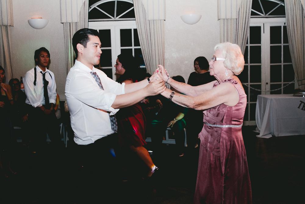 kellykris-091914-dancing-234.jpg