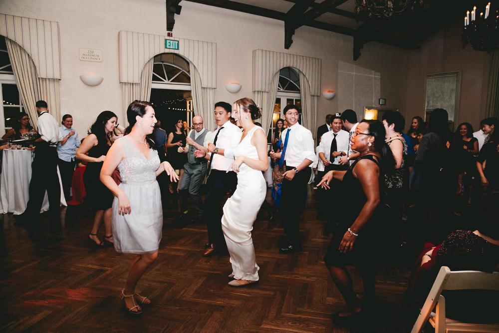 kellykris-091914-dancing-239.jpg