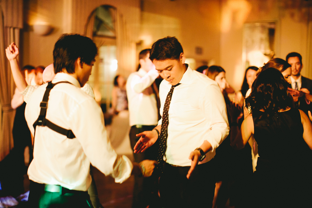 kellykris-091914-dancing-250.jpg