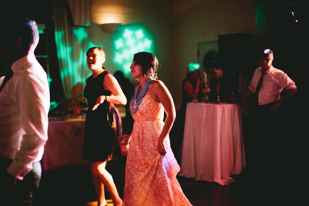 kellykris-091914-dancing-252.jpg