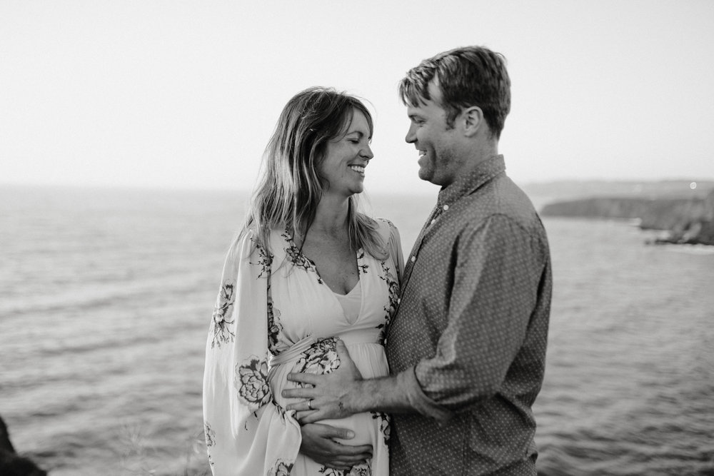 pacificamaternityphotography-mikeandleanne-011.jpg