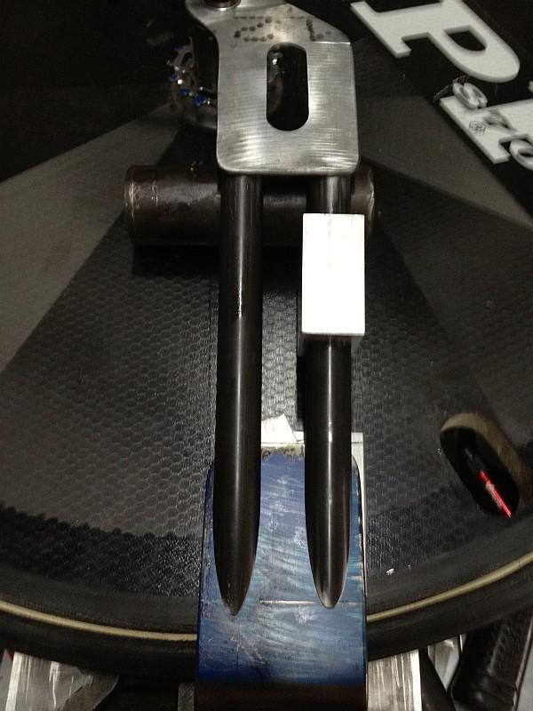2012-07-11 12 streamliner fit check second fork  stanchion.jpg